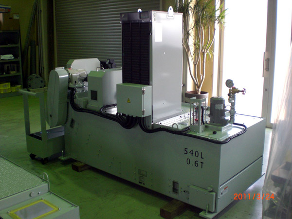 SC-300Nwith oil cooling unit